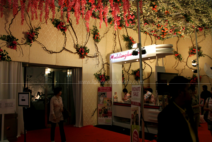 Weddingku Magazine booth ; Decoration by ; Located in Jakarta Convention Center ; Lighting supported by