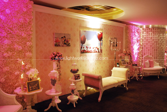 Decoration by Lotus Design ; Organized by Multi Kreasi Enterprise ; Located in Thamrin 9 Ballroom, UOB Plaza ; Lighting by Lightworks