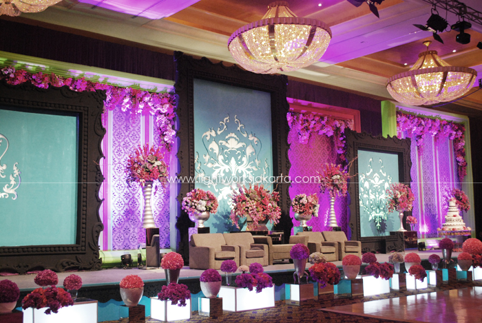 Purple lightworks page 11 anton and maureens wedding decoration by lotus design located in grand ballroom hotel mulia junglespirit Images