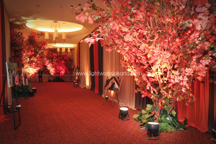 Suryanto decor lightworks page 2 aven vitris wedding decoration by suryanto decor located in ritz carlton kuningan junglespirit Images