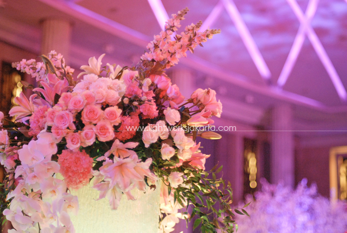 Andrew and Dessy's Wedding ; Decoration by Lotus Design ; Located in Baliroom Kempinski Hotel ; Lighting by Lightworks