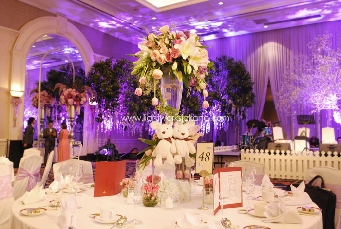 Wedding reception lightworks page 26 wilson and yufis wedding decoration by lotus design located in shangri la lighting junglespirit Image collections