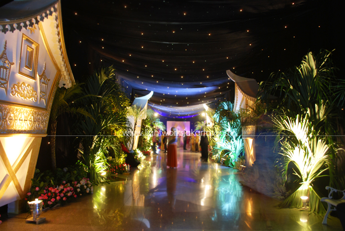 Tara and Riany's Wedding ; Decorated by Vica Decoration; Located in The Cendrawasih Room - JCC; Lighting by Lightworks