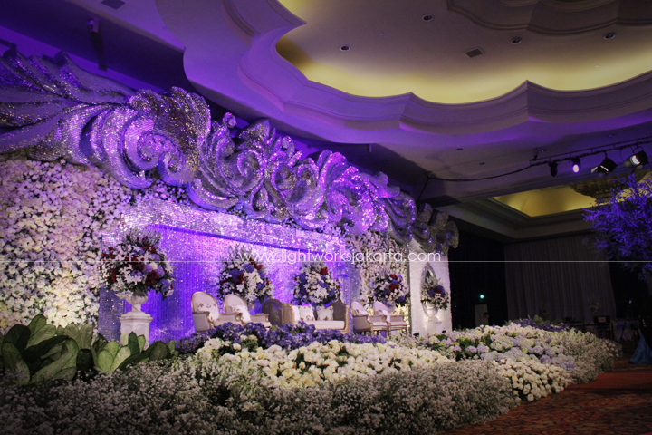 Suryanto decor lightworks decorated by suryanto decor located in ritz carlton kuningan hotel lighting by lightworks junglespirit Images