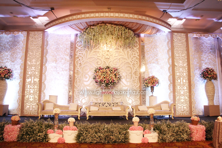Polyman & Hellen's Wedding ; Decorated by De Sketsa ; Located in JW Marriott ; Lighting by Lightworks