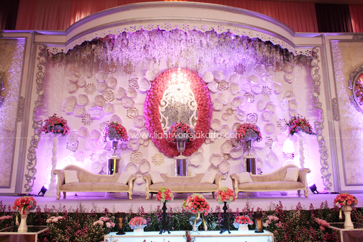 Handy & Christine's Wedding ; Decorated by De Sketsa ; Located in Ritz Carlton Pacific Place ; Lighting by Lightworks