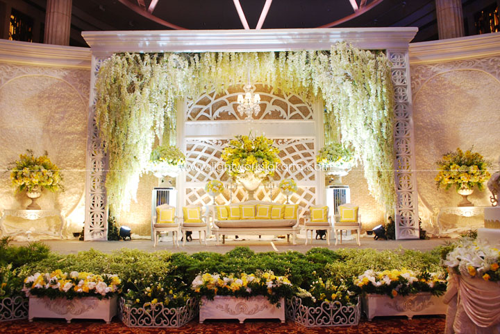 Altar lightworks page 3 aswin carolines wedding decorated by nefi decor located in bali room kempinski junglespirit Image collections