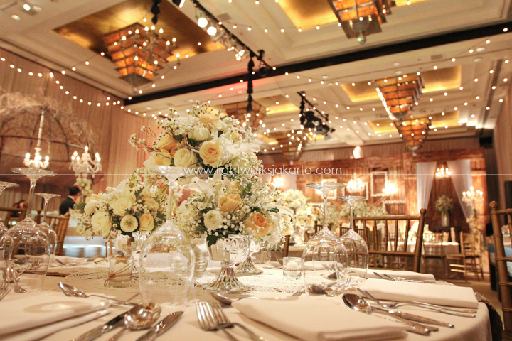 Grand hyatt lightworks junaidy askias wedding decorated by vica decoration located in grand hyatt hotel ballroom junglespirit Images