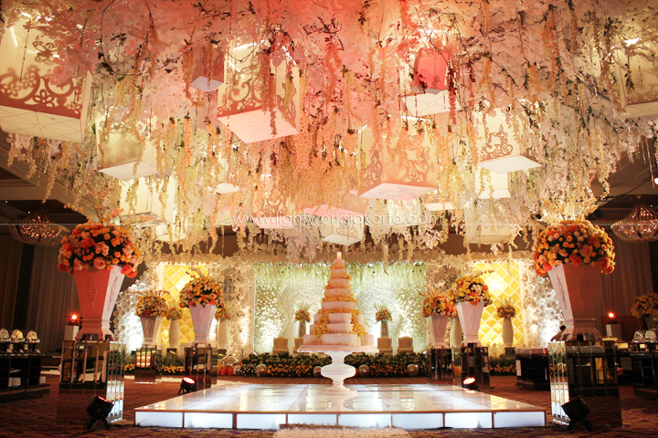 Charly & Imelda's Wedding ; Decorated by Vica Decoration; Located in Hotel Mulia; Lighting by Lightworks