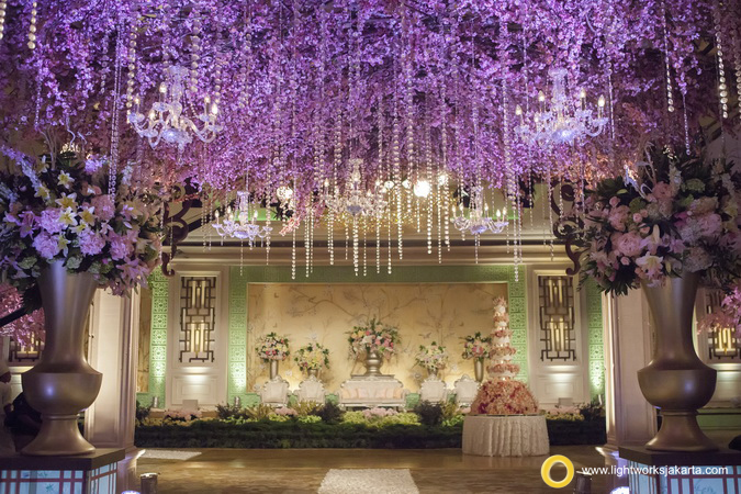 Hendra and Lesli's Wedding Reception; Venue at Shangri-La Hotel; Decoration by Lotus Decoration; Lighting by Lightworks