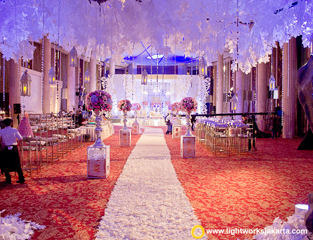 Lighting rental jakarta lightworks page 3 handy and marias wedding reception venue at bali room kempinski hotel jakarta organized junglespirit Image collections
