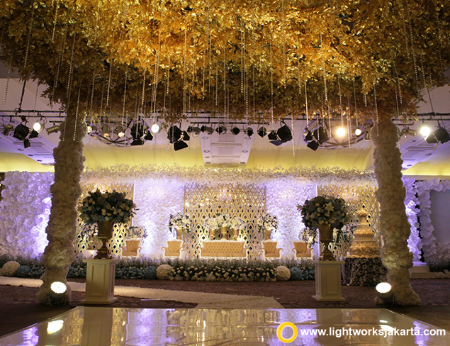Andri and Marissa's Wedding Reception   Venue at Intercontinental Hotel, Jakarta   Decoration by Vica Decor   Lighting by Lightworks