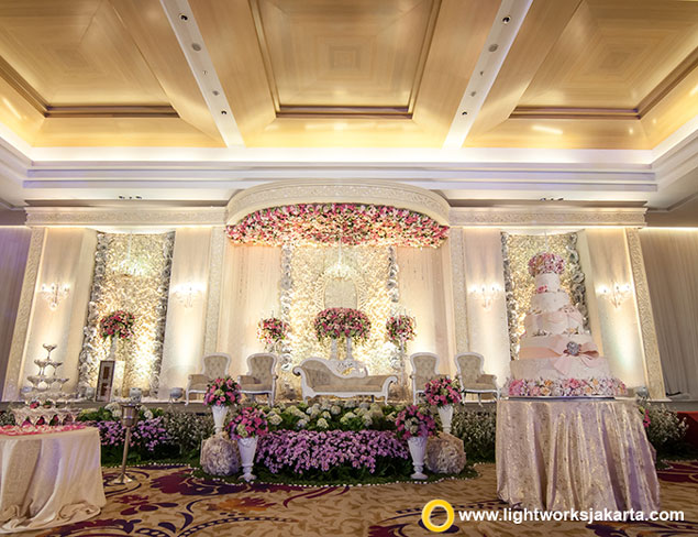Yudi and Anggraini's Wedding Reception | Venue at JS Luwansa Hotel and Convention Center | Organiser by Private WO | Cake by LeNovelle Cake | Decoration by Grasida Decoration | Lighting by Lightworks