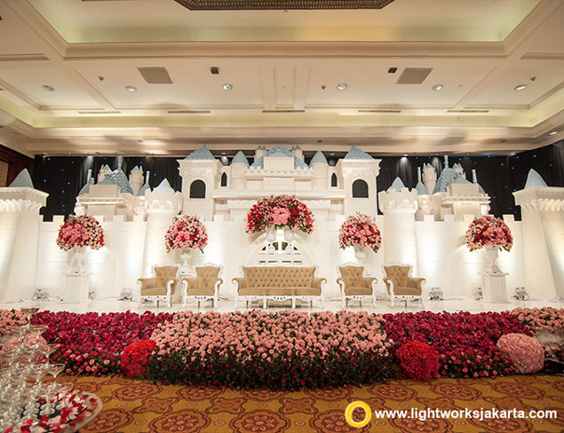 Marvin and Dewi's Wedding Reception | Venue at JW Marriott Hotel Jakarta | Organised by Eterna Project | Photo by Antheia Photography | Gown by The Wedding Boutique Jakarta | Make Up by Susy Kleo | Accessories by Rinaldy A. Yunardi | Decoration by Vica Decoration | Lighting by Lightworks