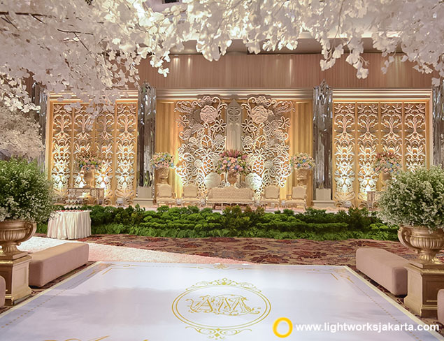 Andre and Meiriawaty's Wedding Reception | Venue at Fairmont Jakarta | Organised by One Heart Wedding Jakarta | Make Up by Liza from Lu'Vaze | Photo and Video by Monopictura | Entertainment by V and A Entertainment | Cake by LeNovelle Cake | Decoration by Nefi Decor | Lighting by Lightworks
