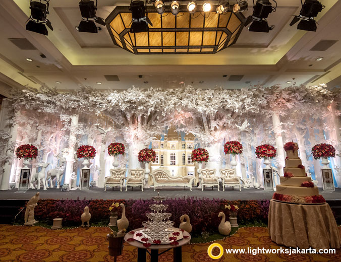 David and Agatha wedding's reception | Venue at JW Marriott Hotel | Decoration by Grasida Decor | Lighting by Lightworks Jakarta