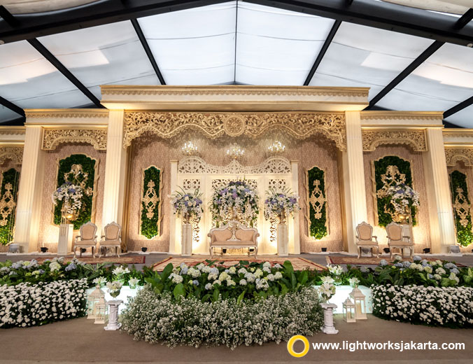 Herman and Nabilla wedding reception | Venue at The Dharmawangsa Jakarta | Decoration by Grasida Decor | Lighting by Lightworks Jakarta