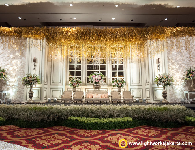 Antonius and Aldyes wedding reception | Venue at The Ritz-Carlton Pasific Place | Decoration by Lotus Design | Organised by Flair Wedding Organizer, Shellia Regina, Frantze Lim, and Irene Cynthia | Wedding gown by Monica Ivena | Priscilla Myrna | Rinaldy A. Yunardi | Photography and videography by Axioo, Ivan Mario, and Valentino Garry | Lighting by Lightworks Jakarta