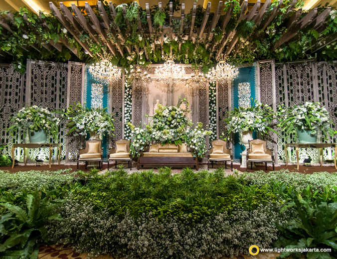 Abdul and Citra's wedding reception | Venue at Grand Hyatt Jakarta | Decoration by Airy Designs | Organised by Artea Organizer | Lighting by Lightworks