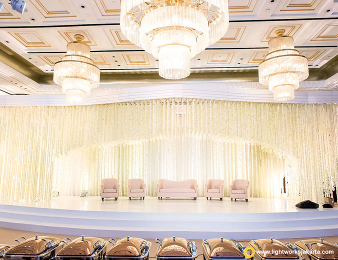 Wedding of Eka and Angelica | Venue at Four Seasons Hotel Jakarta | Decoration by Steve Decor | Lighting by Lightworks