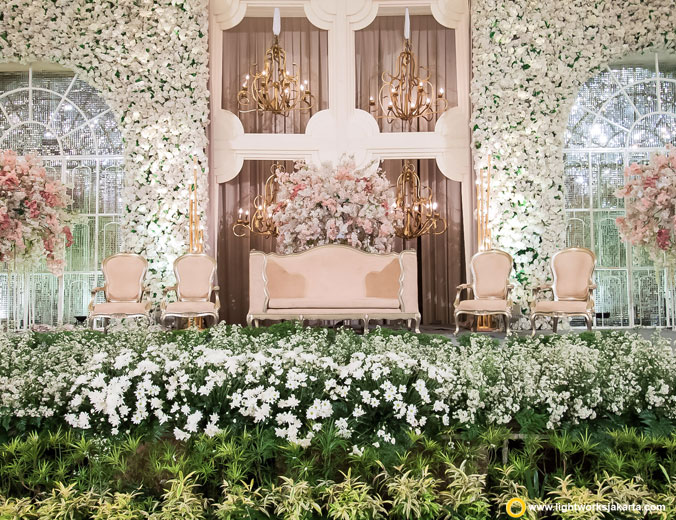 Sandy and Michelle's wedding reception | Venue at Pullman Jakarta, Central Park | Decoration by Steve Decor | Lighting by Lightworks