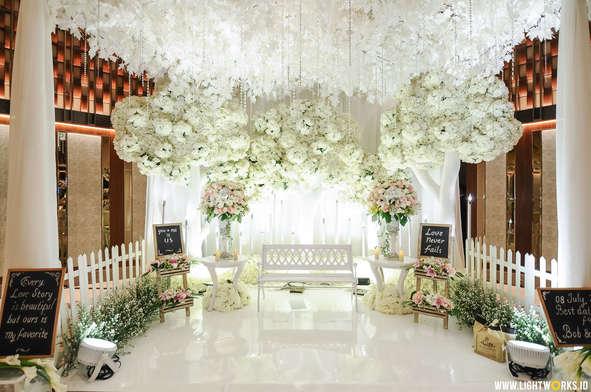 Heart melted wedding lightworks bob and chelines wedding reception venue at ayana midplaza jakarta organised by red wedding junglespirit Image collections