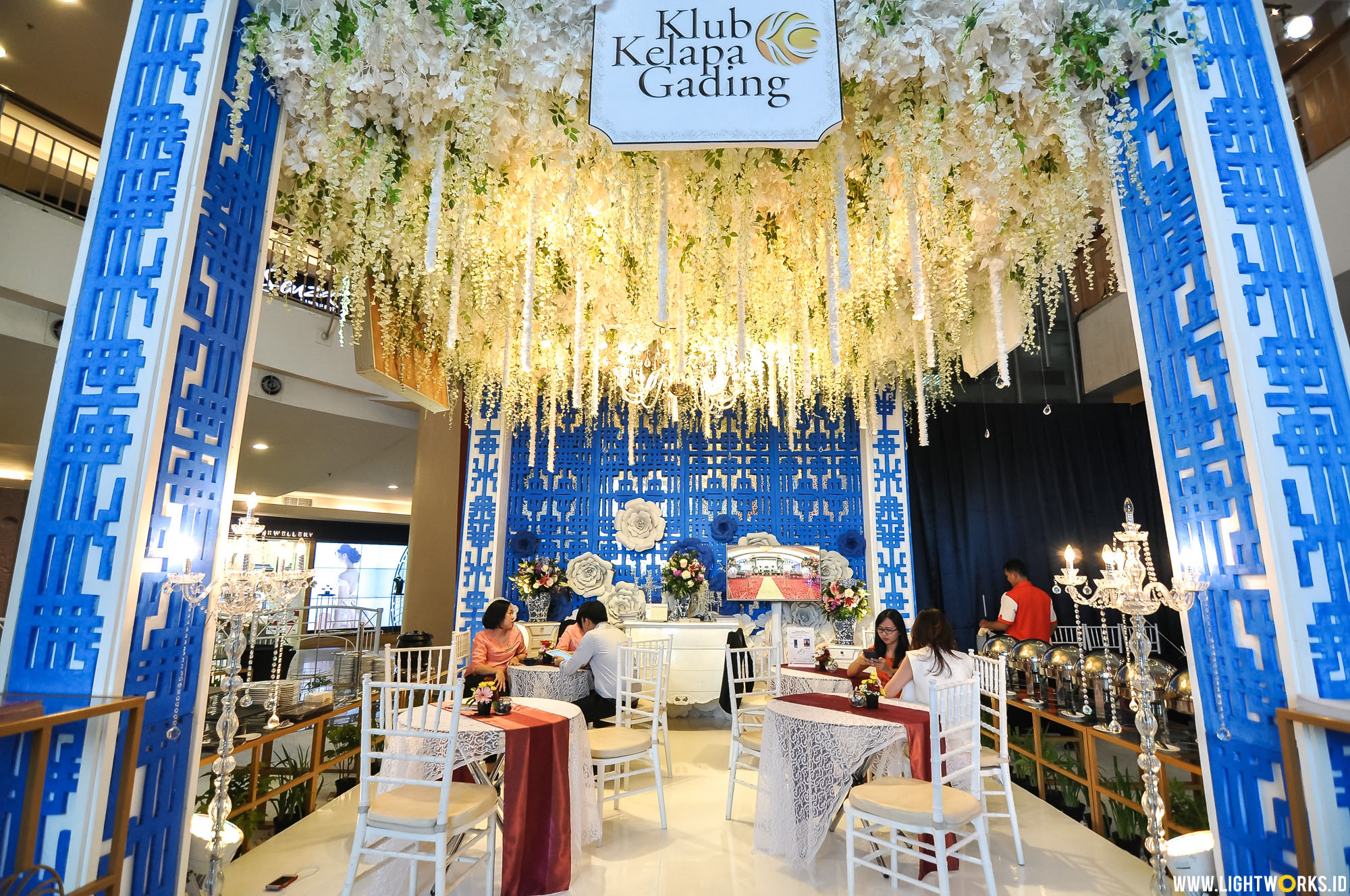 Gading Wedding Fair | Venue at Mall Kelapa Gading | Decoration by Michelle Paris Decoration | Organised by My Princess Entertainment | Lighting by Lightworks